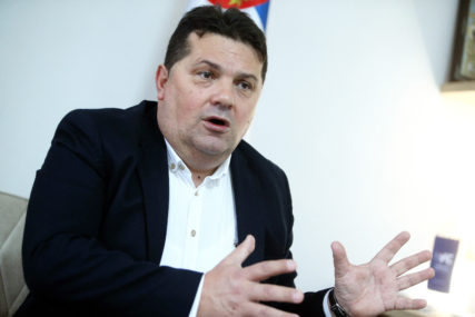 """""""MORAMO SE PRISJEĆATI"""" Stevandić poručuje da je usvajanje Ustava, prvi pečat na državnost Srpske"""