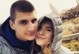 NATALIJA NIJE KAO DRUGE ŽENE KOŠARKAŠA Svi detalji o plavuši koju je oženio Nikola Jokić