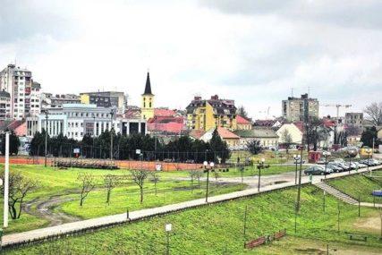 Stambeno zbrinjavanje u Pančevu: Seoske kuće za 15 porodica iz BiH i Hrvatske