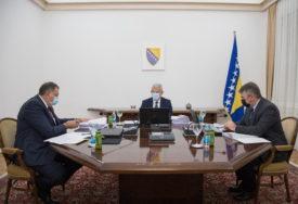 ZAJEDNIČKA IZJAVA PREDSJEDNIŠTVA BiH Puna opredijeljenost za poštovanje Dejtonskog sporazuma
