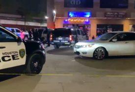 NAPADAČ U BIJEGU U pucnjavi u noćnom klubu u Hjustonu ubijene tri, a  ranjena jedna osoba