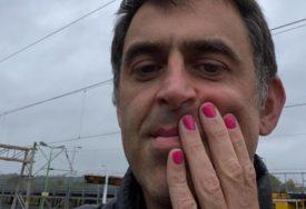LAKIRAO NOKTE Roni O'Salivan podržao akciju borbe protiv raka dojke