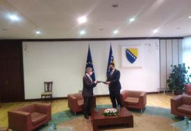 ZAJEDNO STVARALI PRAVOSUĐE, SAD IM NE VALJA Vladavinu prava u BiH kritikuju i EU i domaći političari
