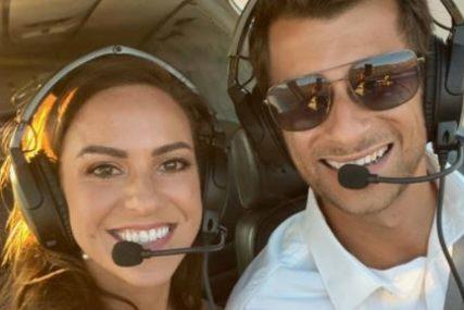 TRAGEDIJA NA MEDENOM MJESECU Pilot i stjuardesa POGINULI u padu aviona
