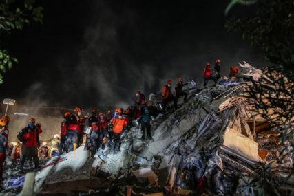 """""""U BAZENU JE KLJUČALA VODA, ZEMLJA JE PUCALA"""" Jezive ispovijesti svjedoka razornog zemljotresa u Turskoj i Grčkoj"""