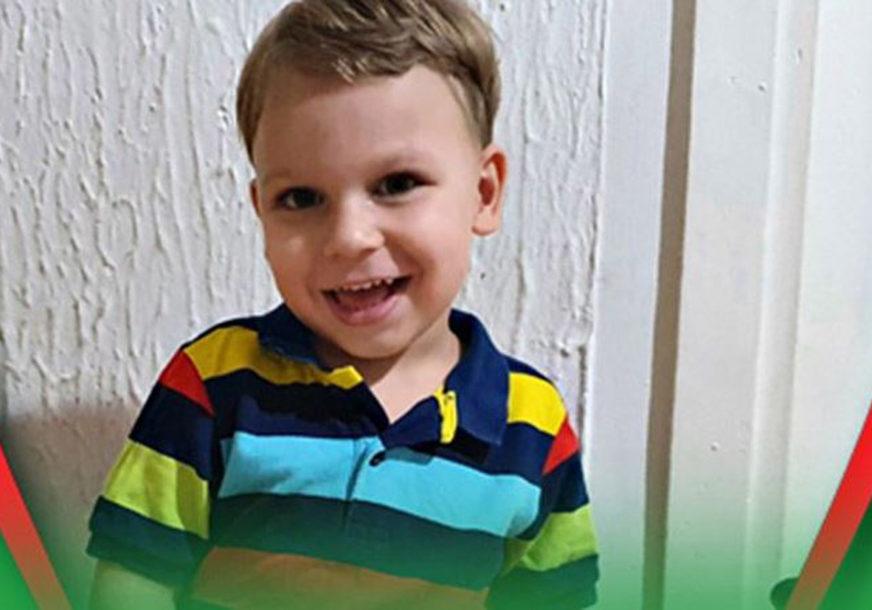 MALOM BORCU JE POTREBNA POMOĆ Viktor (3) mora na hitnu operaciju kičme