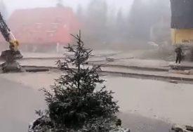STIŽU MINUSI Pale prve bijele pahulje na Vlašiću (VIDEO)