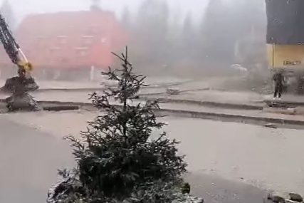 Čobanima napravio problem: Vlašić prekrio snijeg u maju (VIDEO)