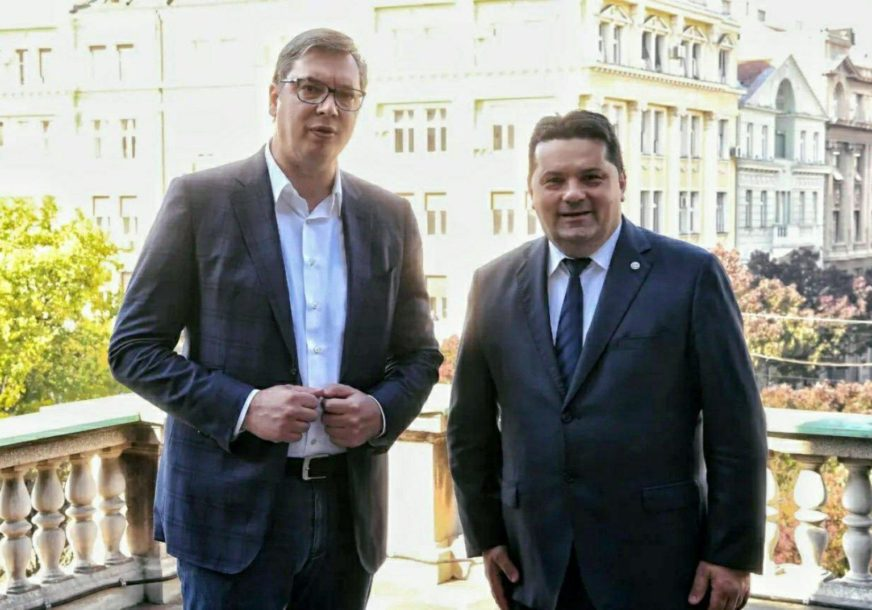 ZAHVALAN NA POMOĆI  SRPSKOJ Stevandić razgovarao sa Vučićem