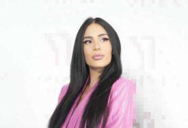 UŽIVA KAO KRALJICA Anastasija Ražnatović bez šminke, snimala se u izdanju u kom je još niste vidjeli (VIDEO)