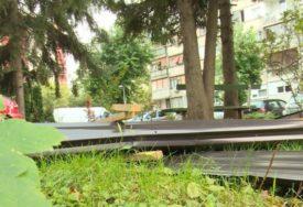 OLUJNI JUGO PRAVI HAOS Jak vjetar odnio krov sa zgrade u Boriku