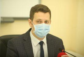 KORONA ODNIJELA DEVET ŽIVOTA U Srpskoj na virus pozitivno još 648 osoba