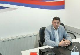 """""""POŠTOVAĆEMO ODLUKU VRHA DNS"""" Vidaković poručio da će stati uz Nešića"""