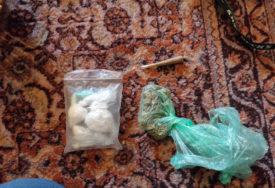 BANJALUČANIN PRIVEDEN ZBOG DROGE Gram kokaina naplaćivao 300 KM (FOTO)