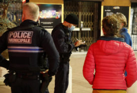 ZBOG TERORIZMA Francuska šalje dodatnu policiju na granice