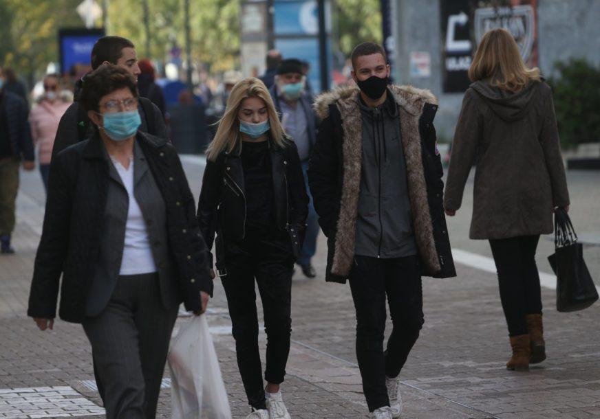 """""""BORBA ĆE BITI MARATONSKA"""" Naučnici upozorili da se virus sada širi MNOGO BRŽE nego proljetos"""