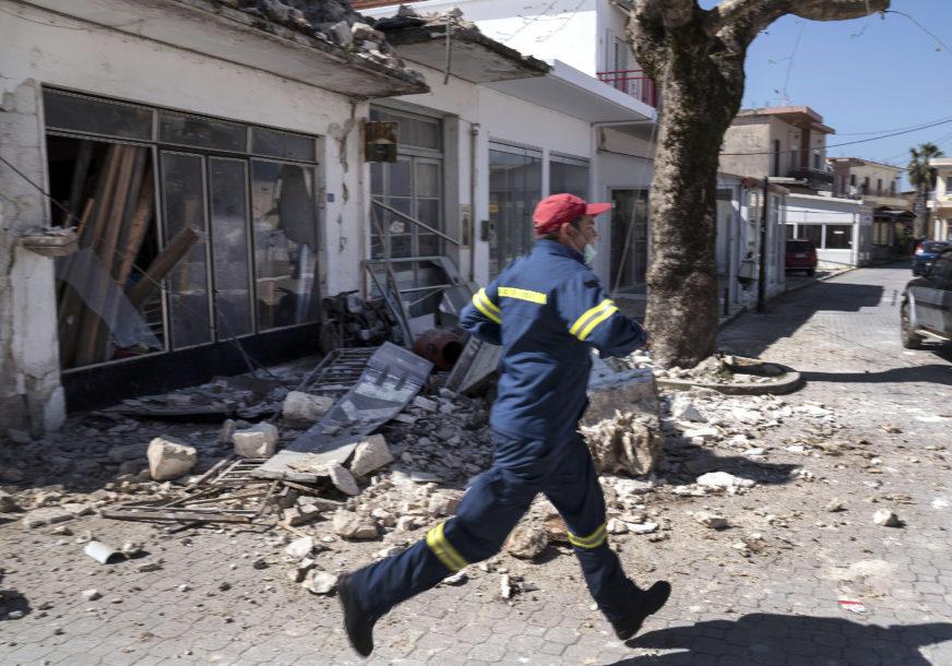 TUGA DO NEBA Dvoje djece stradalo u zemljotresu na Samosu, na njih se obrušio zid (VIDEO)