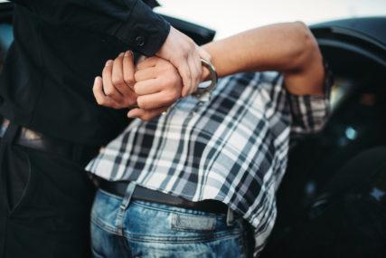 UHAPŠENI PO POTJERNICAMA Četvorica osumnjičenih predani sudskoj policiji