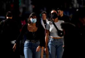 KORONA DIVLJA U VELIKOJ BRITANIJI Preminulo 498 ljudi, još 17.555 zaraženih opasnim virusom