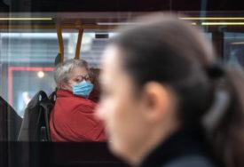PRETRPANI AUTOBUSI U javnom saobraćaju u Italiji najveći rizik za širenje virusa