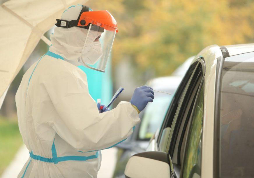 KOLONA ČEKA NA MALTI Ovako izgleda testiranje na kovid iz automobila (FOTO)