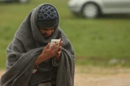 NOVI INCIDENT U BLAŽUJU Potukli se migranti, jedna osoba povrijeđena