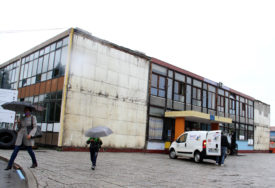 """""""UGODNIJI USLOVI ZA NASTAVU"""" Obnova jedne od najstarijih škola u gradu"""