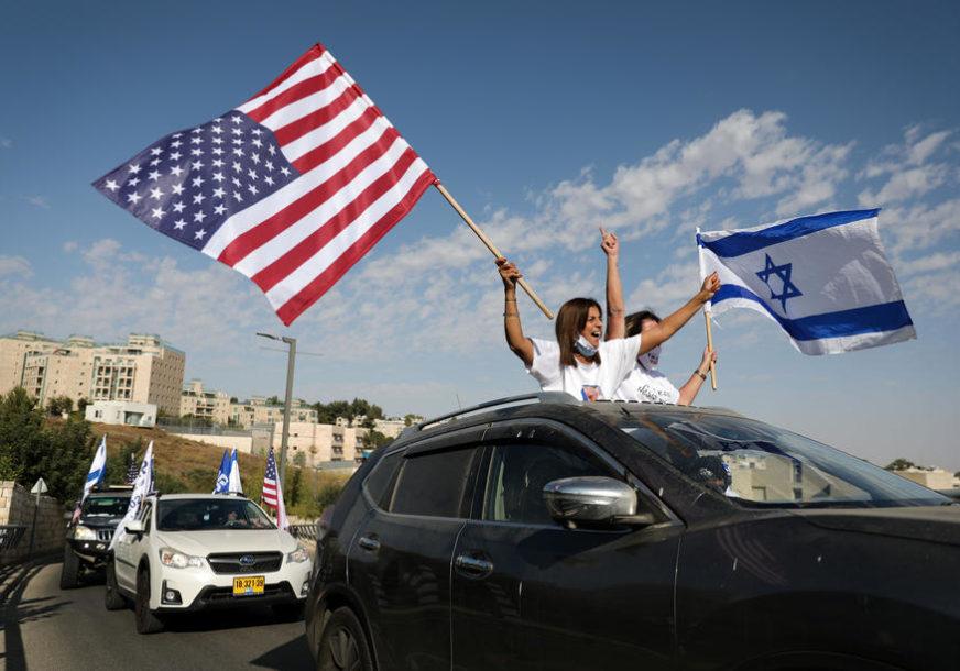 UKRASILI AUTOMOBILE ZASTAVAMA Konvoj vozila podrške Trampu iz Tel Aviva do Jerusalima