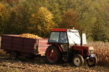 SUBVENCIJE POLJOPRIVREDNICIMA Za poboljšanje kvaliteta oranica raspoređeno 228.409 KM