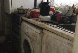 IZA SVEGA SE KRIJE TUŽNA PRIČA Šestoro ljudi čistilo kuću 50 sati, prljavština se gomilala godinama (FOTO)