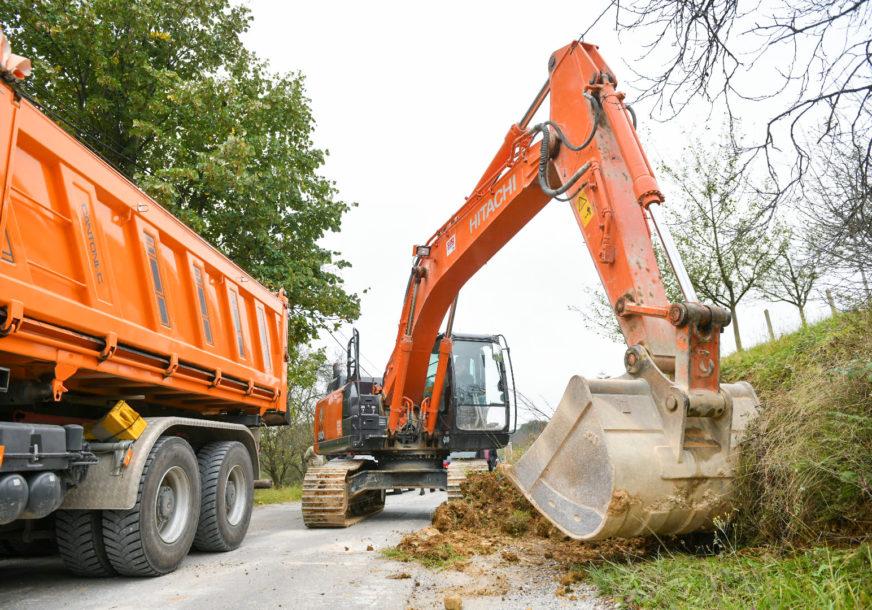 RJEŠENJE ZA NEKOLIKO DESETINA DOMAĆINSTAVA U toku izgradnja kanalizacije u Vrbanji