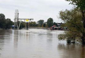 SANA VISOKA SKORO ČETIRI METRA Nagli rast vodostaja u Prijedoru, voda za sad ISPOD KRITIČNE TAČKE