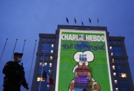 TROJICA POZITIVNA NA KORONA VIRUS Odgođeno suđenje optuženih za napad na redakciju satiričnog časopisa Šarli ebdo