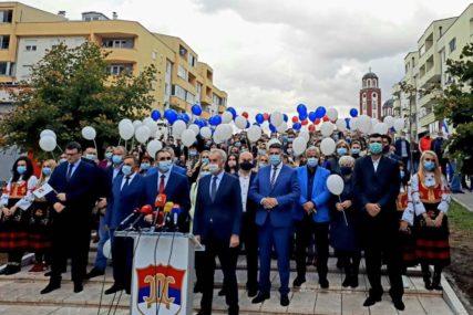 I SDS ZAPOČEO KAMPANJU Šarović: Stvorićemo Republiku Srpsku po mjeri svih nas
