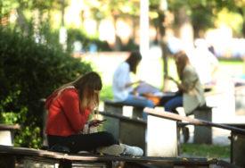 NOVE MJERE U KANTONU SARAJEVO Srednjoškolci će ponovo pohađati onlajn nastavu