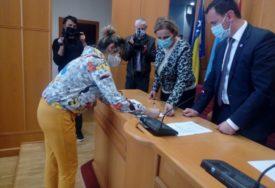 STIPENDIJE ZA DJECU SA SELA Gradska uprava u Trebinju pomaže više od 140 osnovaca