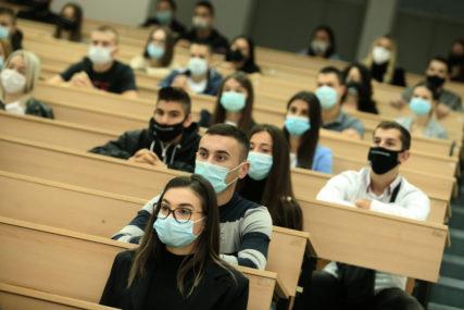 """GAJANIN O PRAVILIMA U SRPSKOJ """"Studenti iz Srbije imaju ista prava kao i domaći"""""""