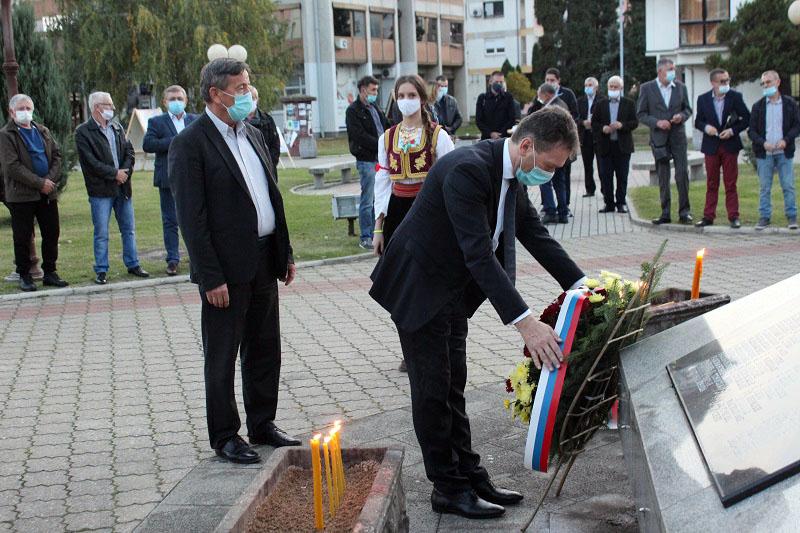 SLUŽEN PARASTOS ZA 301 POGINULOG BORCA Dali živote za stvaranje Republike Srpske