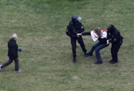 """""""TREBA IM ODUZETI STATUS"""" Lukašenko bi da se izbace studenti koji protestuju"""