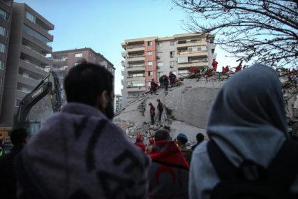 SPASENA MAJKA I TROJE MALIŠANA Proveli 18 časova ispod ruševina, spasioci pokušavaju doći do ČETVRTOG DJETETA