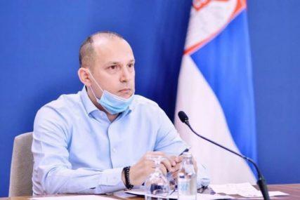"""DONACIJA SJEVERNOJ MAKEDONIJI Lončar uručio još 3.510 """"Fajzerovih"""" vakcina"""