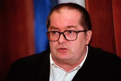 POSLJEDNJI POZDRAV Kolja Mićević sahranjen u prisustvu rodbine i prijatelja