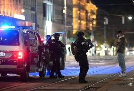 TERORISTIČKI NAPAD U BEČU Ministar poručio da znaju ko je NAPADAČ, policija eksplozivom provalila u njegov stan (FOTO,VIDEO)