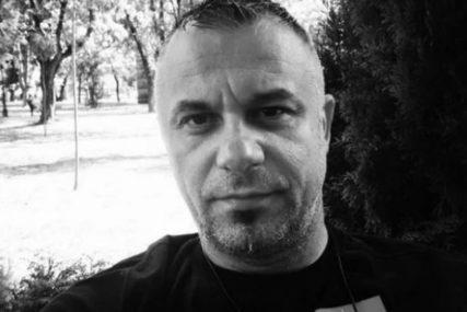 """SAHRANA TOKANA IZ """"AMADEUS BENDA"""" U ČETVRTAK Porodica i prijatelji će se oprostiti od njega na groblju u Leskovcu"""