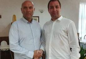 """""""ŽELIM VAM SREĆU I USPJEH"""" Podrška za SPS iz bratske Budve od Bate Carevića"""