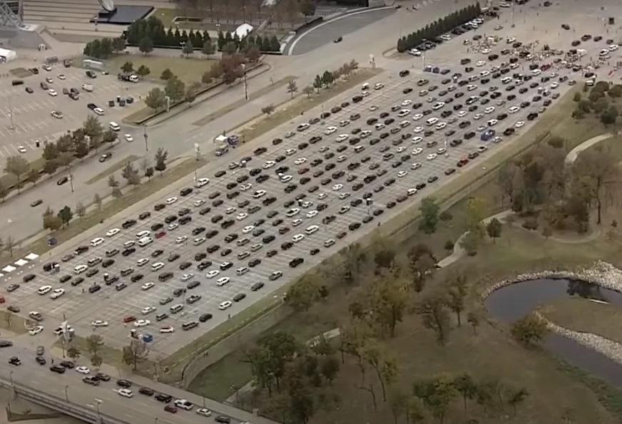 STIŽU PRAZNICI, A POSLA SVE MANJE Hiljade ljudi u kilometarskim kolonama, razlog je poražavajući (VIDEO, FOTO)