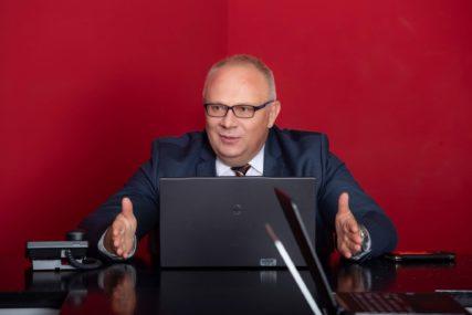 """""""MOJ NAČELNIK"""" Dragan Bogdanić, kandidat SNSD: Vratićemo Teslić na mjesto KOJE MU PRIPADA"""