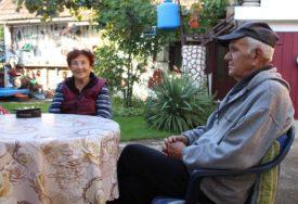 SPOJILA IH JEDNA FOTOGRAFIJA Ljubavna priča iz Nove Topole traje ŠEST DECENIJA