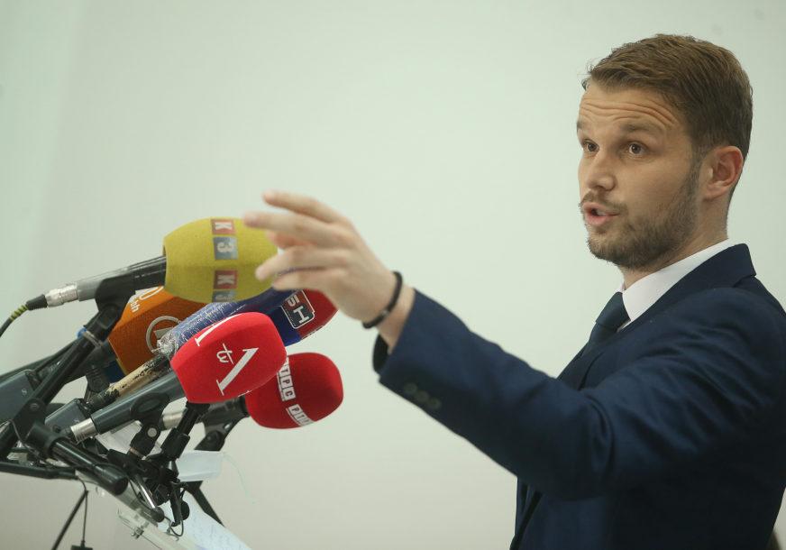 """STANIVUKOVIĆ ODGOVORIO MIJATOVIĆU """"Zastava BiH će biti istaknuta kada Vojin bude gradonačelnik"""""""
