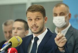 """""""NEĆE SAMO JEDNA FIRMA ODRŽAVATI I ČISTITI GRAD"""" Stanivuković tvrdi da će svi u Banjaluci imati jednaka prava"""